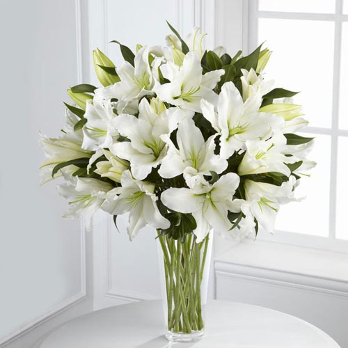 Send Perfect White Our 10 White Lilies In A Vase To Qatar