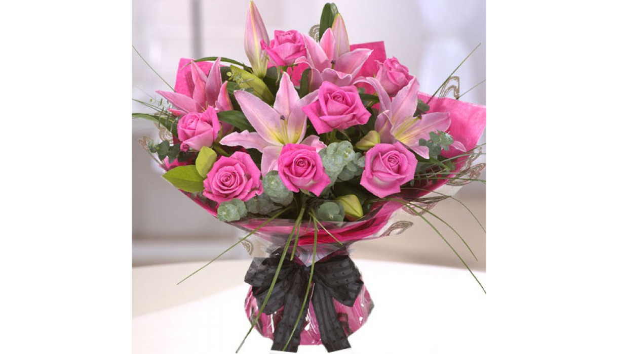 Flowers Dubai United Arab Emirates How To Send Flowers And Gifts