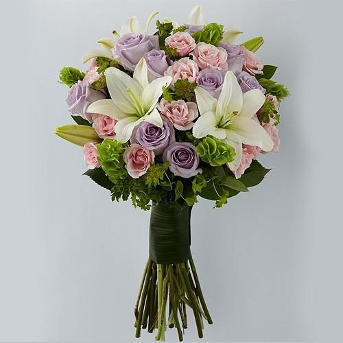 Send ocean song a mix of fresh lavender and pink flowers to jordan ocean song mightylinksfo